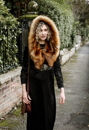 Reynes – Luxury faux fur hood
