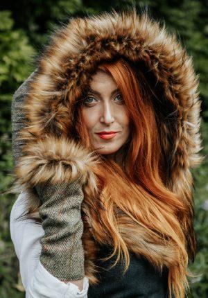 Charlotte Sorrel – Luxury faux fur hood